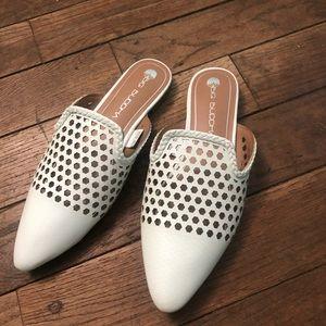 Women's white slides size 7 brand new